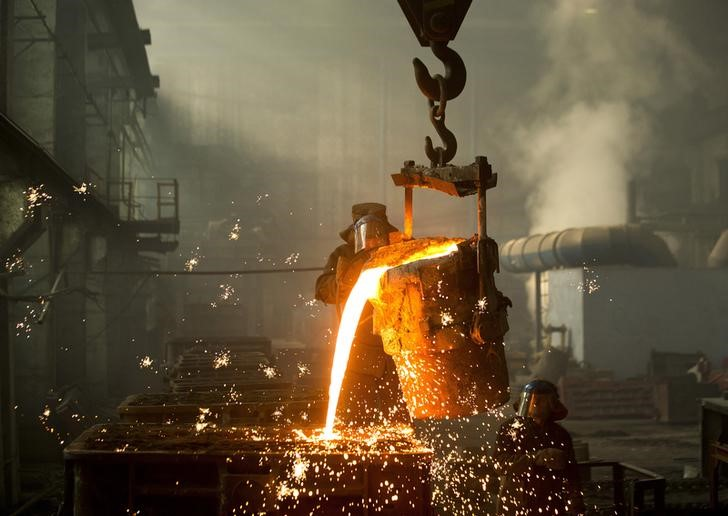 Minério de ferro apresenta leve queda de 0,38% na bolsa chinesa de Dalian