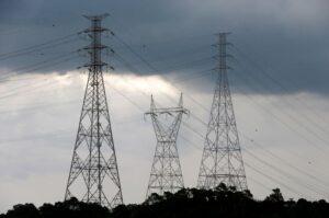Consumo de eletricidade no Brasil pode cair de 5% a 12% em 2020, diz consultoria