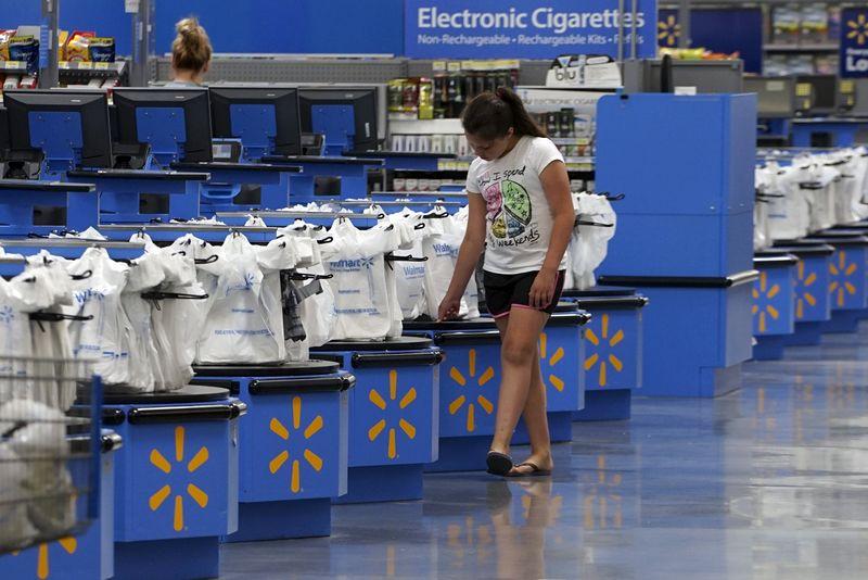 Walmart recua com encerramento de bônus trimestral de décadas